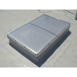 Świetliki otwierane elektrycznie Pokrycie NRO gr.21mm Podstawa stal ocynk prosta H 50cm