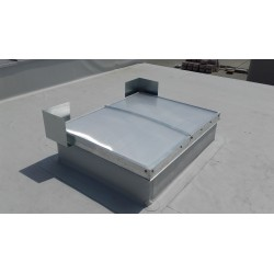 Pokrycie SRO gr.16mm - oddymianie elektryczne Podstawa stal-ocynk prosta H 50cm Dwuskrzydłowe